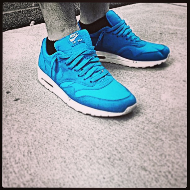 Dont-know-why-I-never-wear-these-dynamic-blue-airmax1-ripstop-airmaxalways-solecontrol-wearyourkicks1