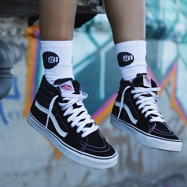 the-classics-vans-sk8-HI-vans-sk8hi-sneakerwalhalla-sneakeraday-ootd