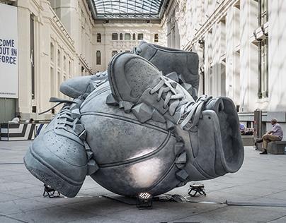 Nike – Sneakerball Sculpture