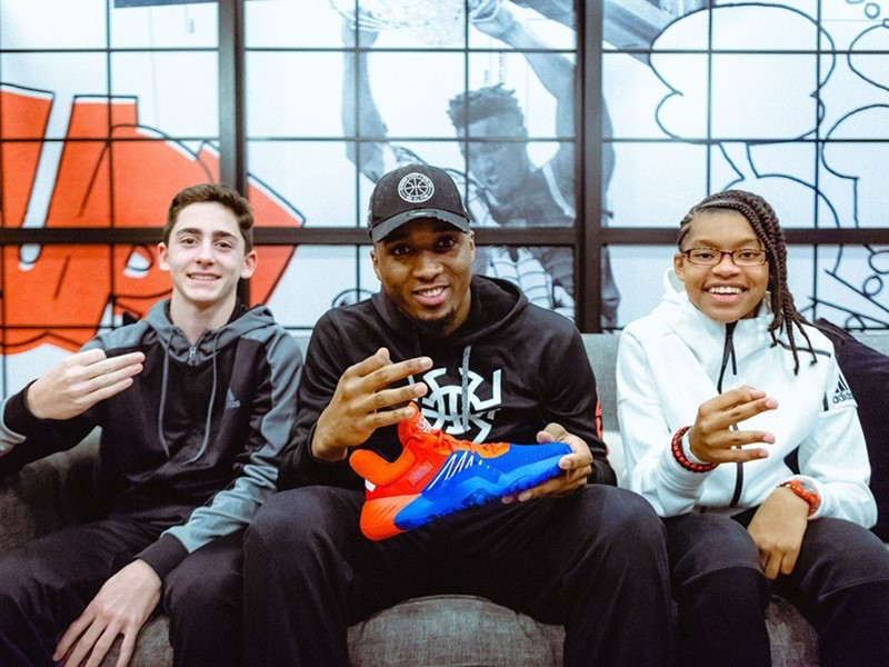 donovan-mitchell-selects-aspiring-sports-writers-from-his-high-school-to-exclusively-reveal-his-first-adidas-signature-shoe,-the-don.-issue-#1