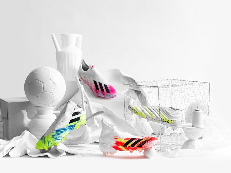 bringing-together-creative-worlds-of-art-&-football-with-new-uniforia-boot-pack
