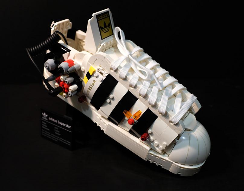 LEGO X ADIDAS SUPERSTAR 10282 MODEL